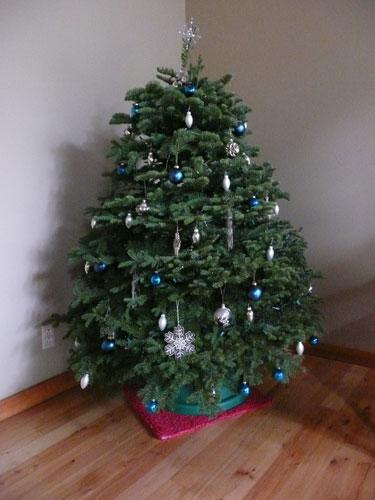 Christmas-tre-e